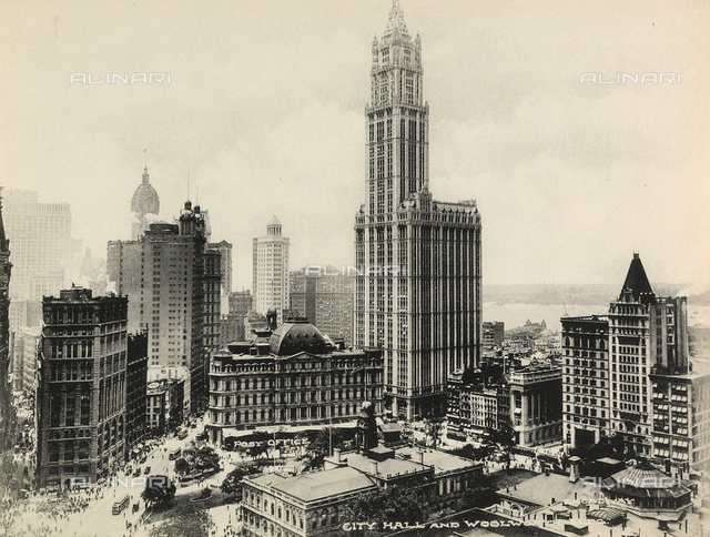 Post Office, City Hall and the Woolworth Building, New York