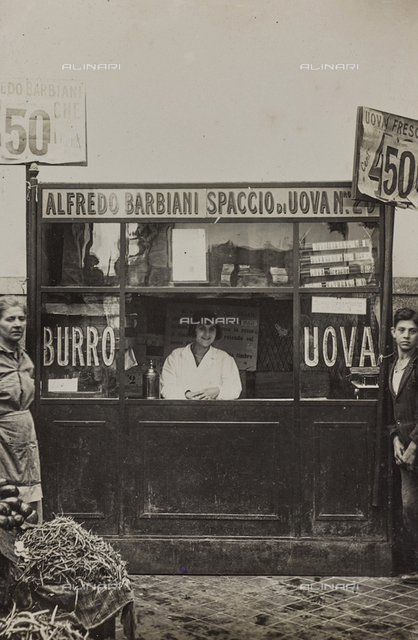 Alfredo Barbiani Firm: kiosk for the sale of eggs, with vendor inside, on Piazza Montedoro in Rome