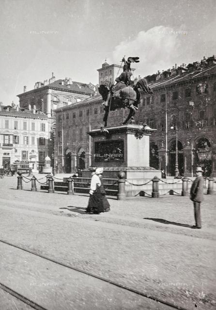 Equestrian monument to Emanuel Philibert, Carlo Marocchetti, Piazza San Carlo, Turin