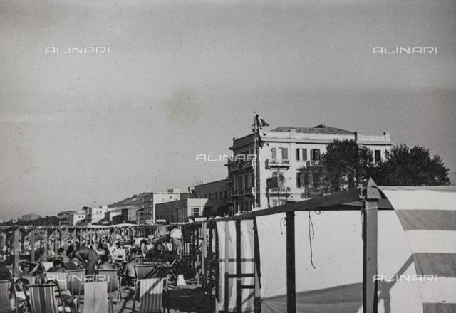 "Album ""Viaggi Italadria- Rimini"": ""Rimini-Riccione-Cattolica"", the beach"
