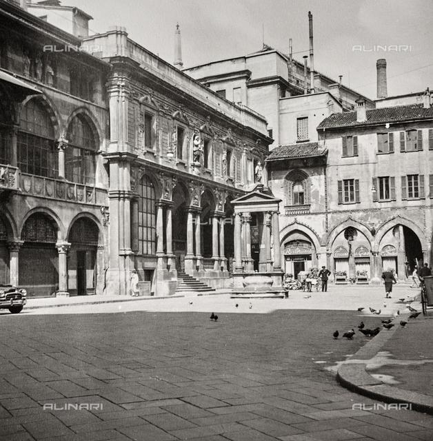 Palazzo dei Giureconsulti , today Palazzo Affari; Former Palazzo Borsa (Stock Exchange Building), Piazza dei Mercanti, Milan