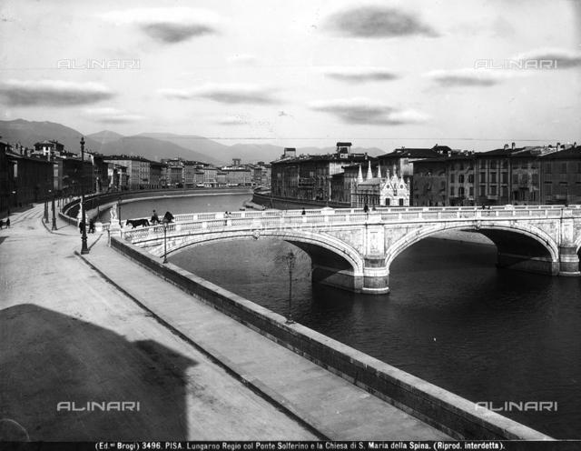 Lungarno Regio with the Solferino Bridge and the Santa Maria della Spina Church in Pisa