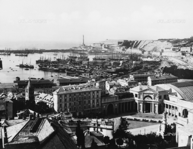 Panorama of Genoa seen from the Naval Academy.