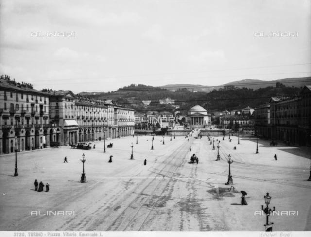 Vittorio Veneto Square designe by Giuseppe Frizzi, Turin