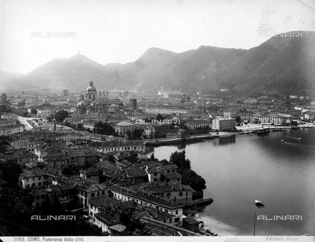 Panoramic view of Como