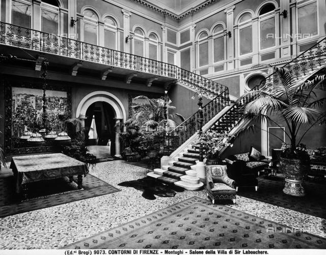 Veduta del sontuoso salone della villa di Sir Labouchere a Firenze