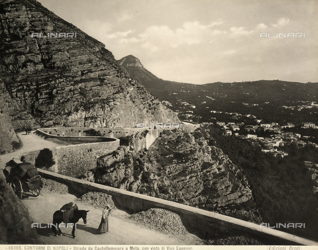 People with horses and carts on the road from Castellammare di Stabia to Meta, on the outskirts of Naples.