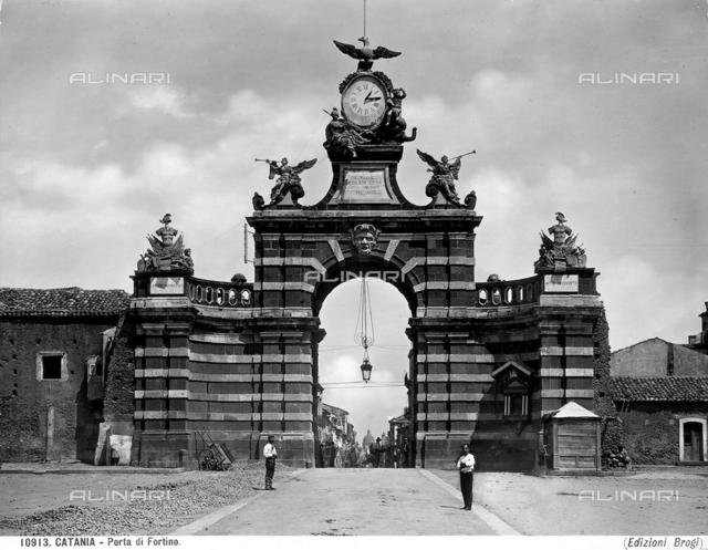 Gate of Fortino Vecchio, Catania