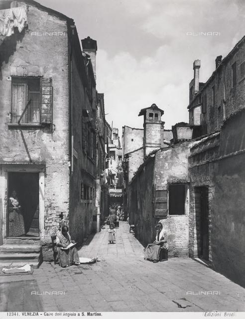 Venice. Calle dell'Angiolo in  S. Martino