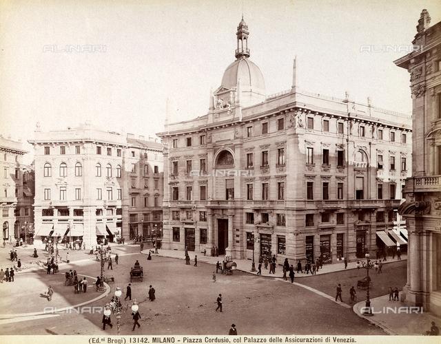 Palazzo delle Assicurazioni Generali, Milan
