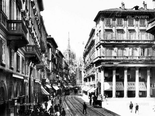 Vittorio Emanuele II Avenue in Milan