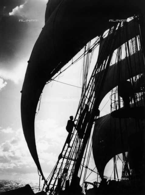 "Regia Marina school ship ""Amerigo Vespucci"": the sails"