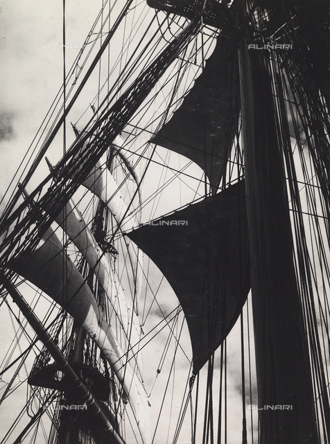 "The Royal Training Ship ""Amerigo Vespucci"": the sails"