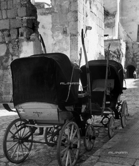 Carriages on a street in Gaeta
