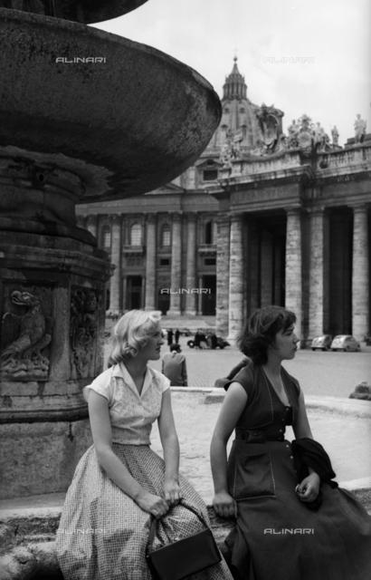 Colonnade, St. Peter's Square, Vatican City