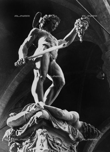 Perseus, Loggia dei Lanzi, Florence