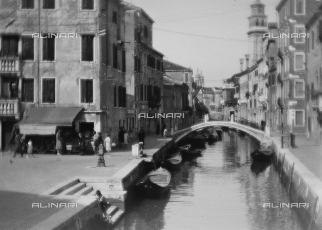 View of Venice; Photo studio