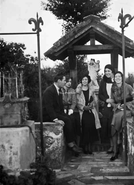 Portrait of a group on the terrace of the watermill of Rovezzano