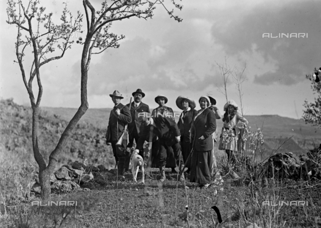Group portrait in the countryside near Carcaci
