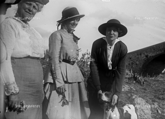 Female Group portrait in Carcaci, a village in the municipality of Centuripe