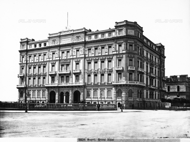 Faà§ade and lateral view of the Grand Hotel of Naples