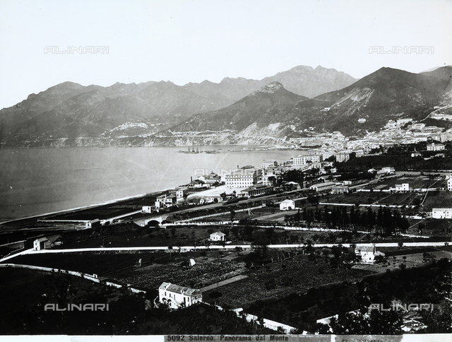 Panoramic view of Salerno and its gulf.