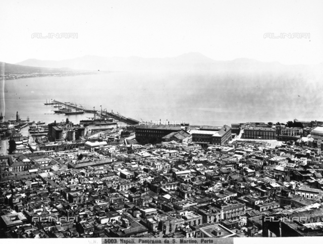 Panoramic view of the port and the city of Naples. The photograph was taken from San Martino