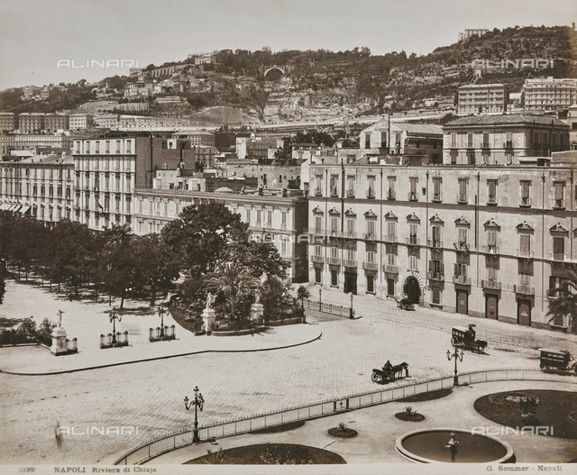 "Album ""Italie 1882, Naples, Pise, Gàªnes, Corniche"": View of Chiaia Riviera with the Municipal Villa of Naples"