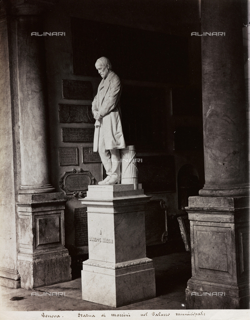 Monument to Giuseppe Mazzini, Town Hall, Genoa