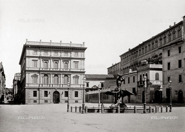 Fountain of Triton, Gian Lorenzo Bernini, Piazza Barberini, Rome