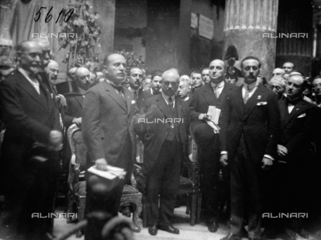 Group portrait with Benito Mussolini, and other political personages