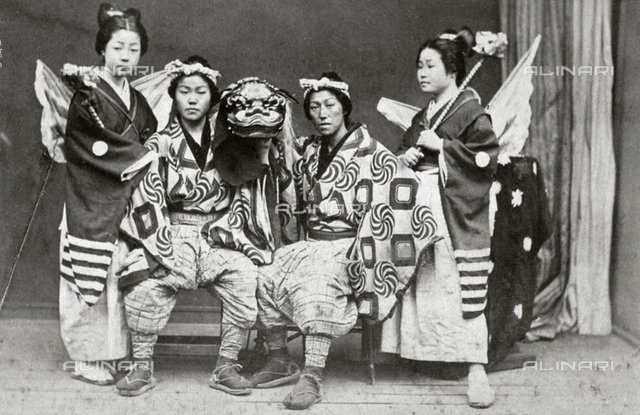 Portrait of a group of Japanese theater actors