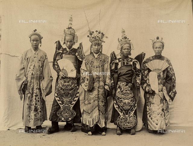 Theatre actors in traditional Vietnamese dress, Vihn Long, Vietnam.