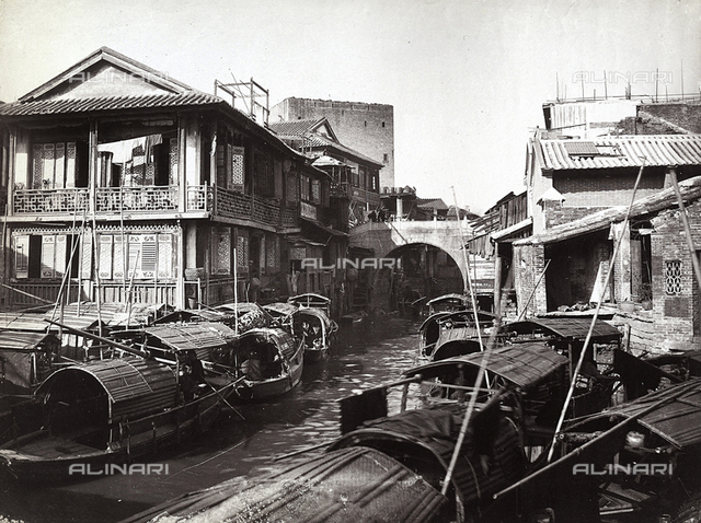 Houses and boats in the Chinese quarter.