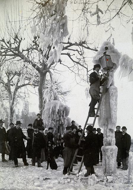 Icy weather in Geneva