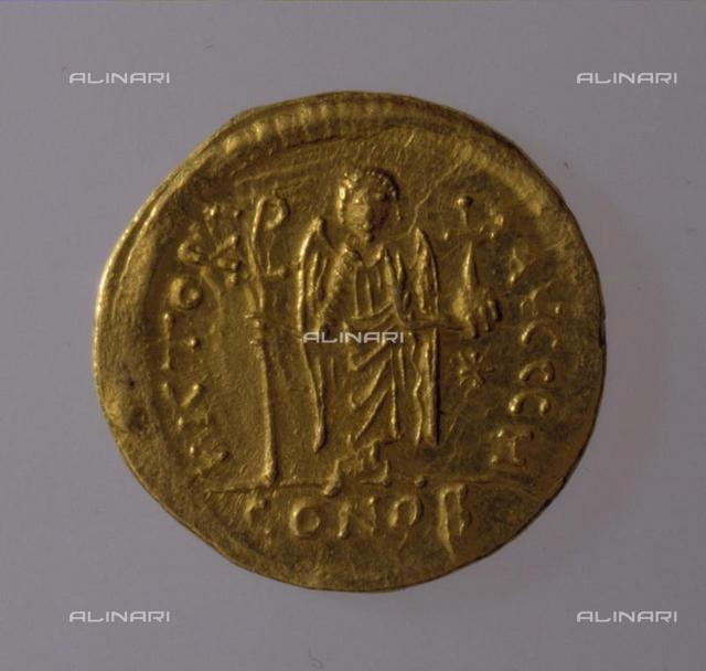 Solidus of Justinian I, 527-565, Gold, d. 2, Numismatic, Ancient Coins, Benaki Museum, Athens