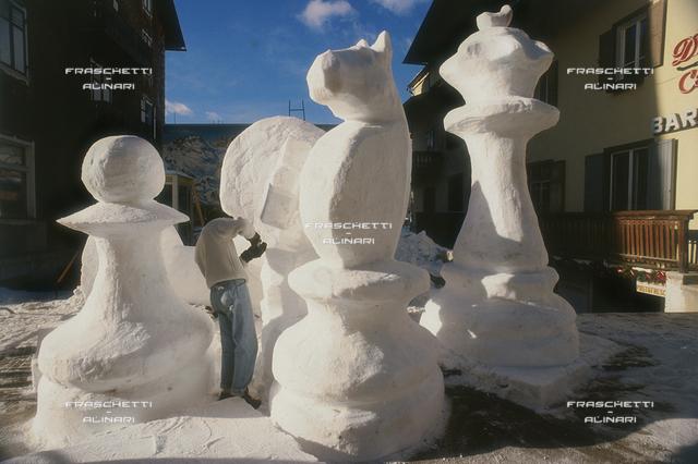Cortina: Statue di Ghiaccio