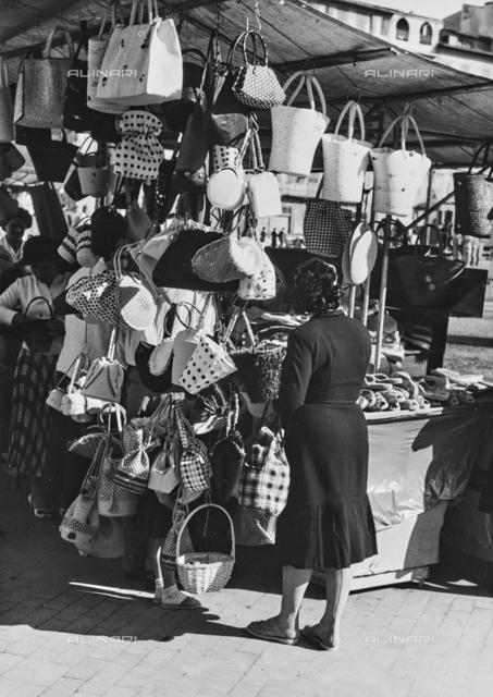Stand bags, Piazza Santa Maria Novella, Florence