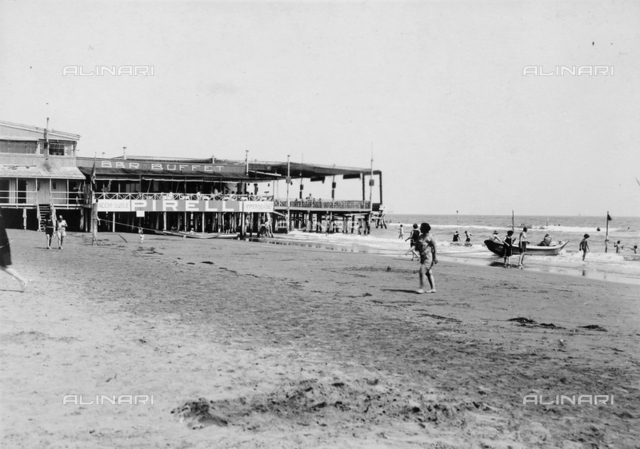 """The terrace on the beach of the seaside resort of """"Gran Stabilimento Bagni"""" on Lido in Venice"""