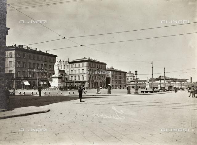 Piazza della Repubblica (already Piazza Carlo Alberto) in Livorno
