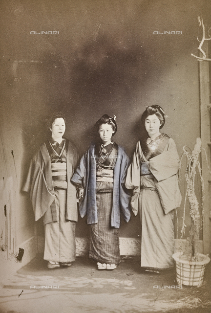Group of Japanese in traditional clothes