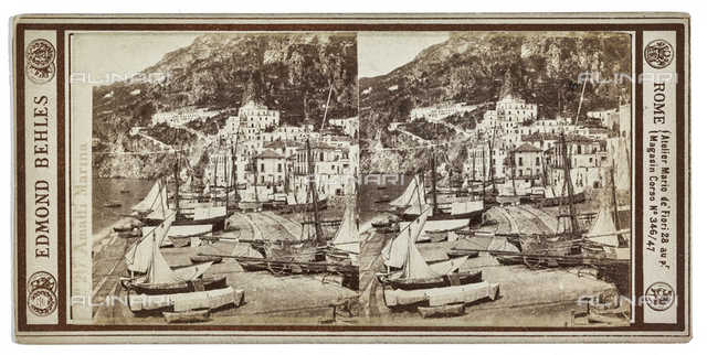 Boats moored on the beach of Amalfi; Stereoscopic photograph