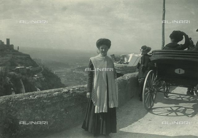 Postcard vendor, Tivoli