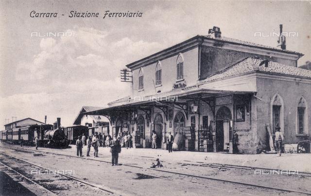 Carrara train station