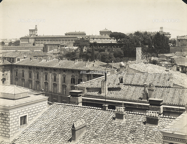 View of the city of Rome with the palazzo del Quirinale rising in the background