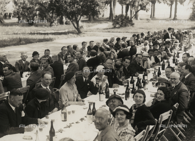 Banquet campaign: table with bottles of wine, Rome