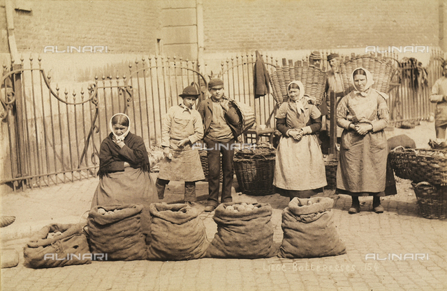 Potato vendors in Liege