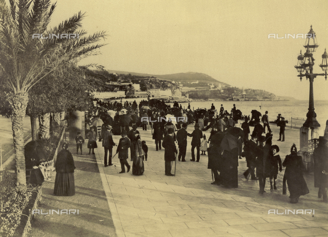 Animated view of the Promenade des Anglais in Nice