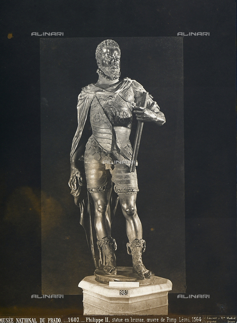 Philip II of Spain, bronze statue by Pompeo Leoni, housed in the National Museum of the Prado, Madrid, Spain