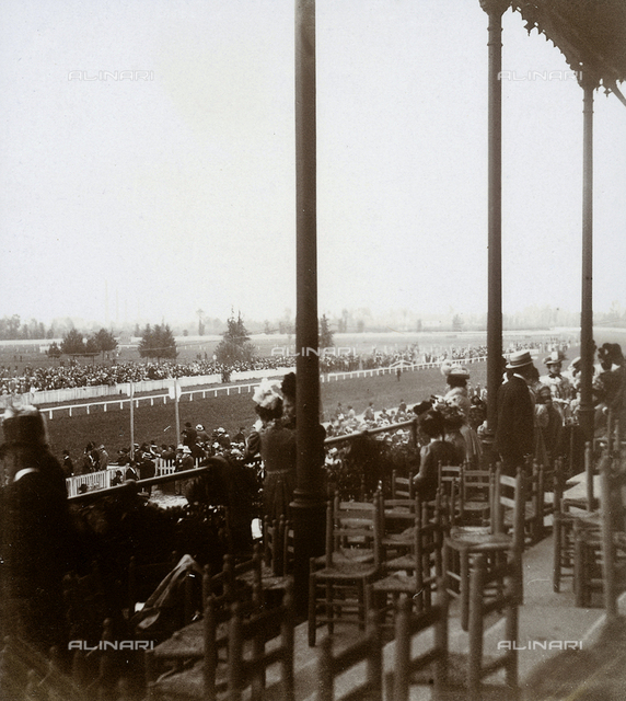 Attendance at the races at San Siro, May 1899